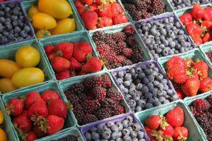 foods you should eat organic: berries