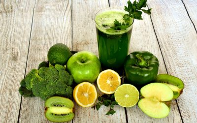 What is Detoxing And What's The Deal With Cleanses?