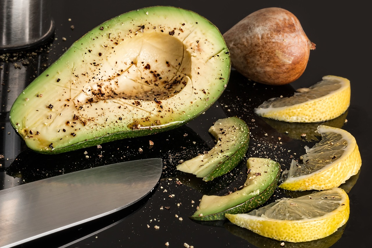 best sources of fat: avocado